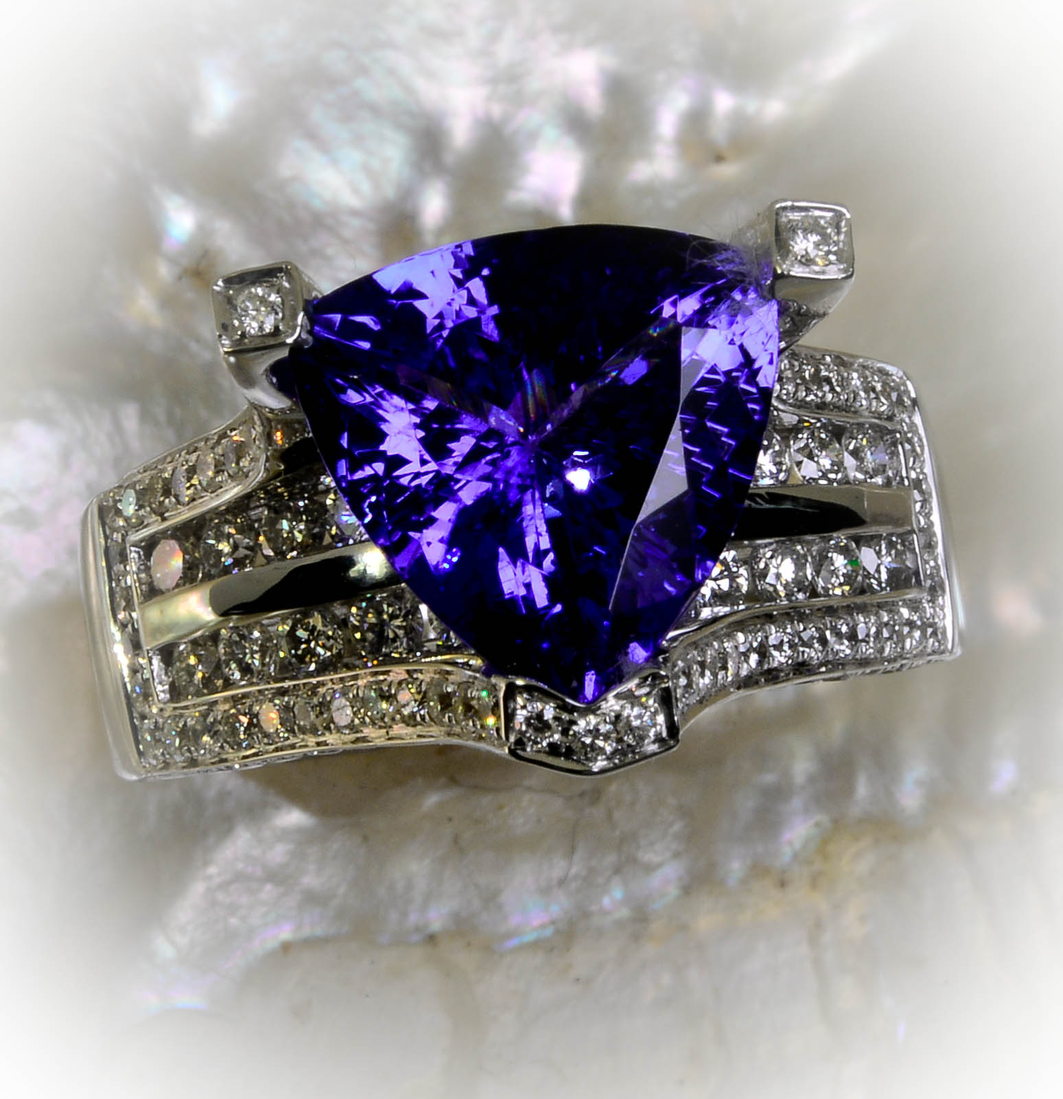 natural trillion shape tanzanite jewellery customised gemstone singapore blue